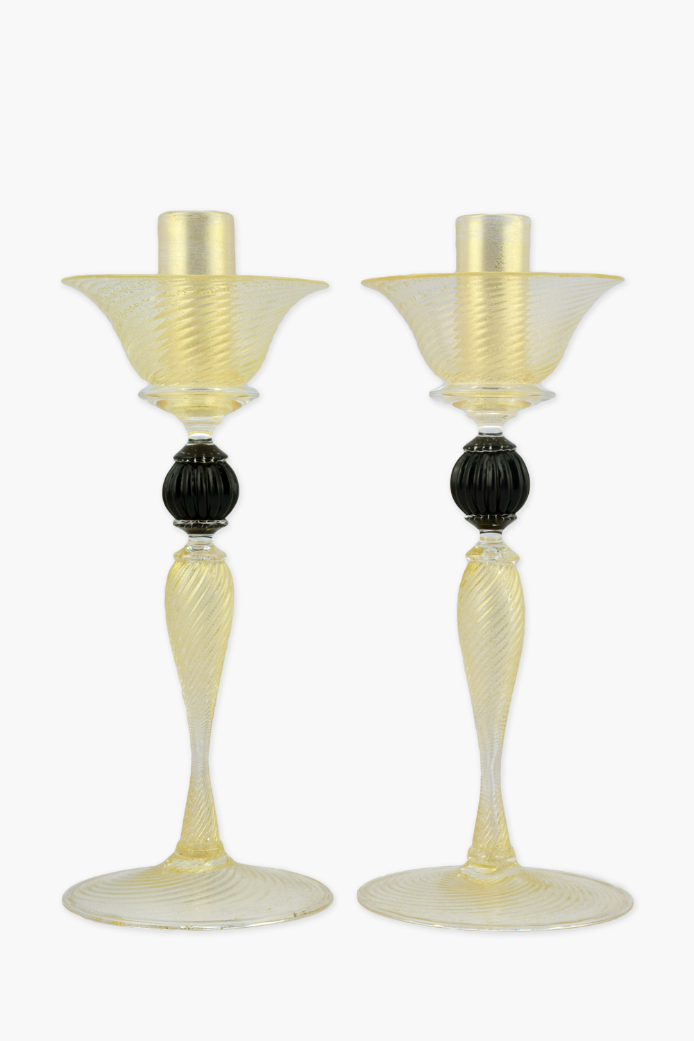 Ridged candlesticks black ball