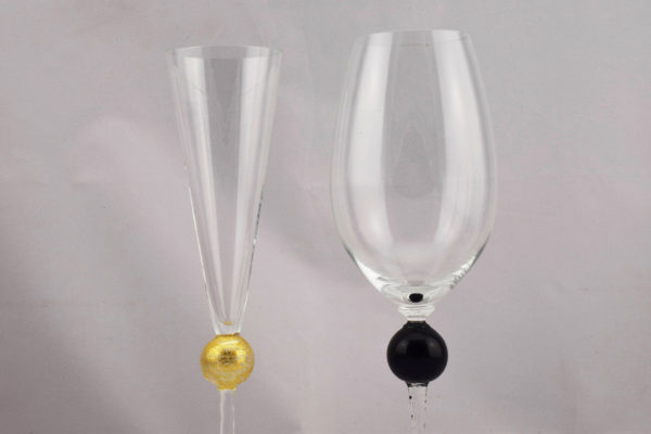 drinking glasses gold and black