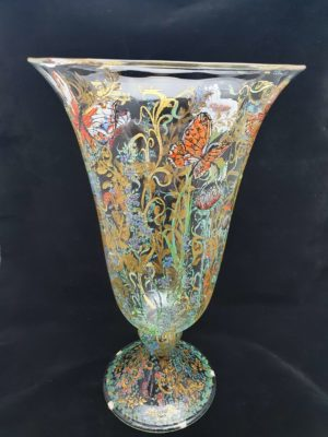 "Decorated vase ""flowers & butterflies"""