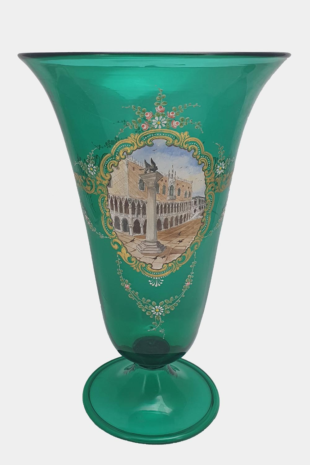 Green Vase Doges Palace Decorated (1)