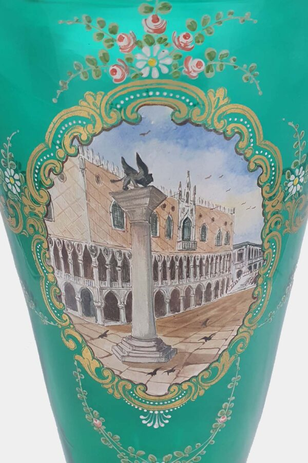 Green Vase Doges Palace Decorated (2)