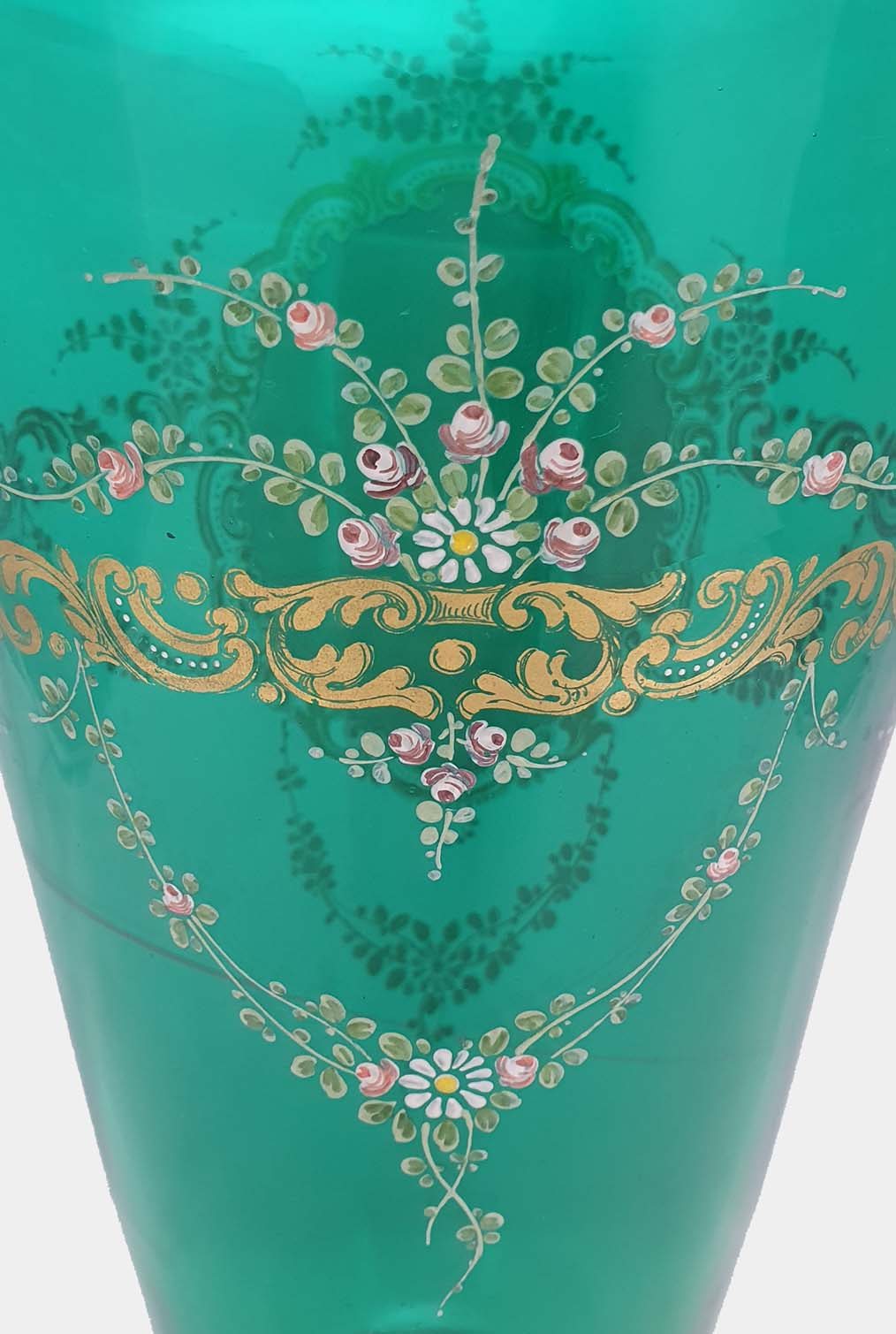 Green Vase Doges Palace Decorated (4)
