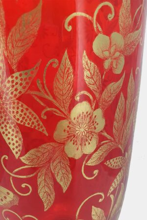 Red vase with butterflies in gold graffito (2)